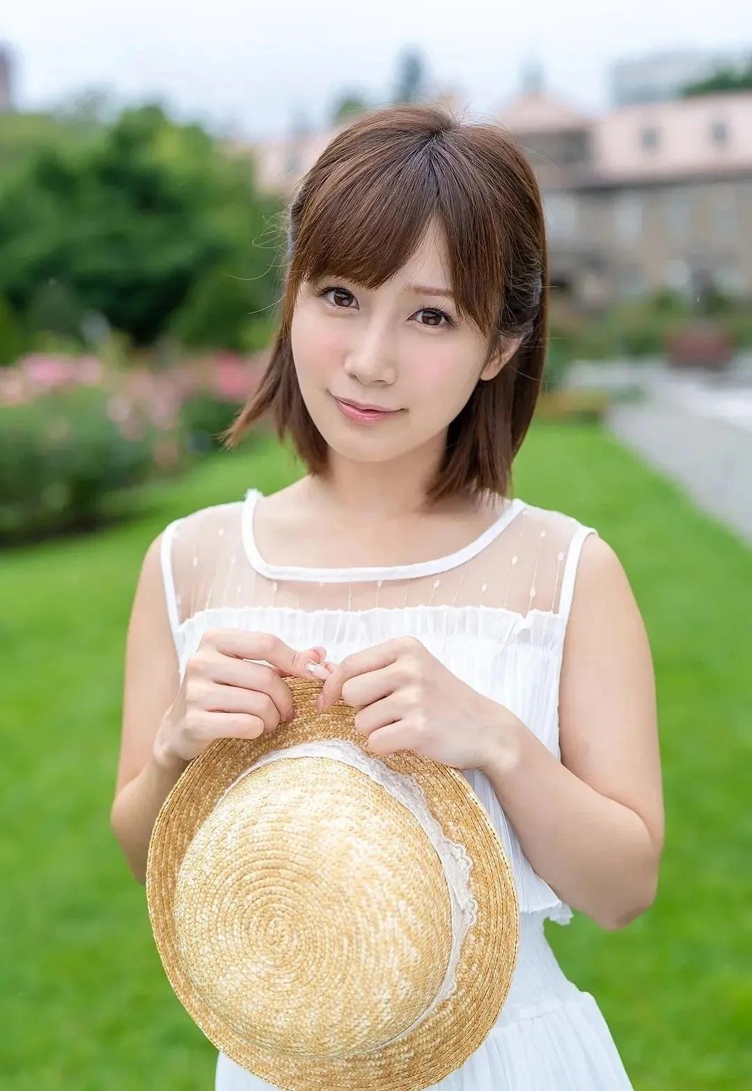 日本女优专题:《揭秘100名女优背后的故事》第6期:小岛南(小岛みなみ)