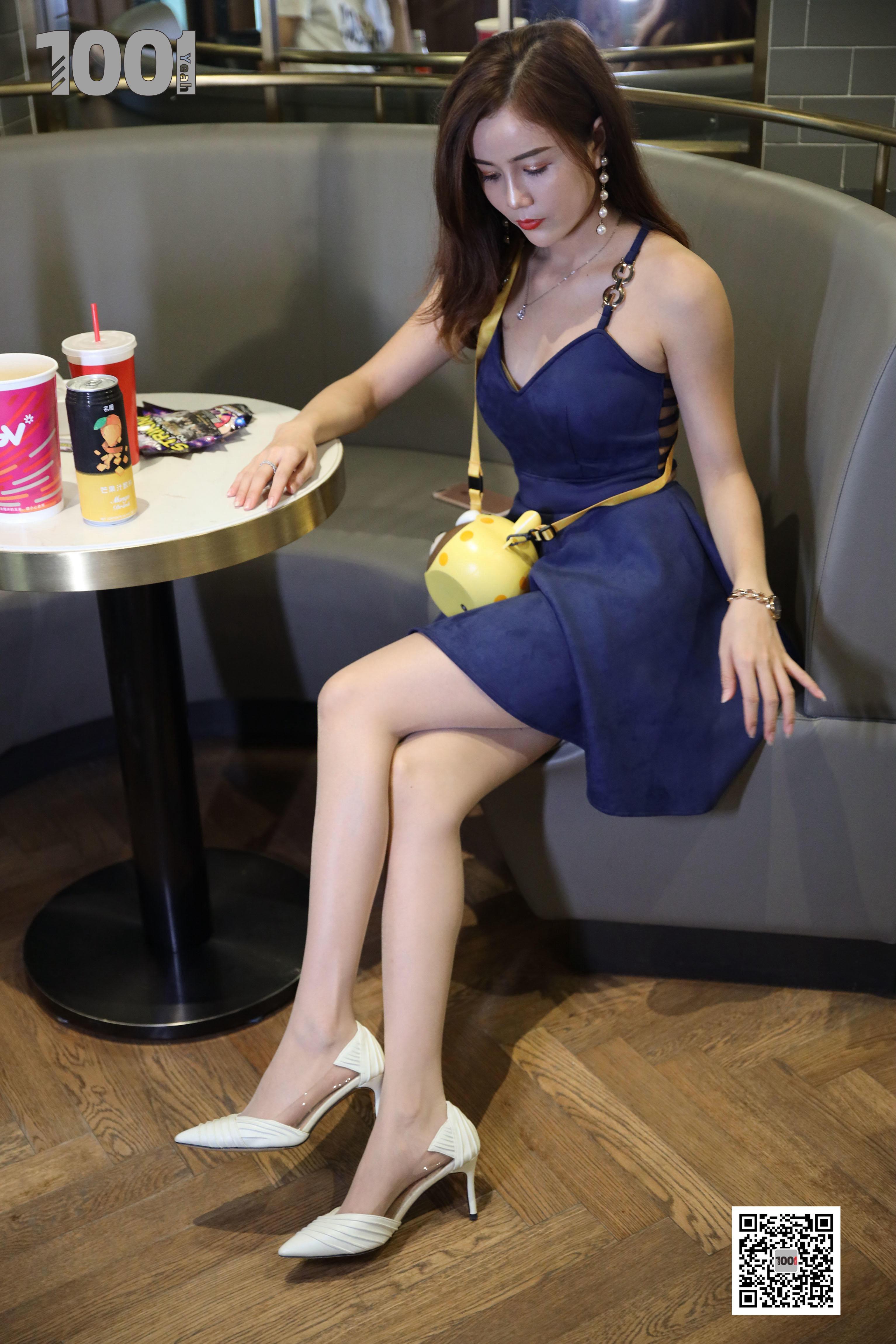 1001夜丝事 模特:Lucy 电影院2 (邀请你一起看电影,求带)-蜜桃畅享