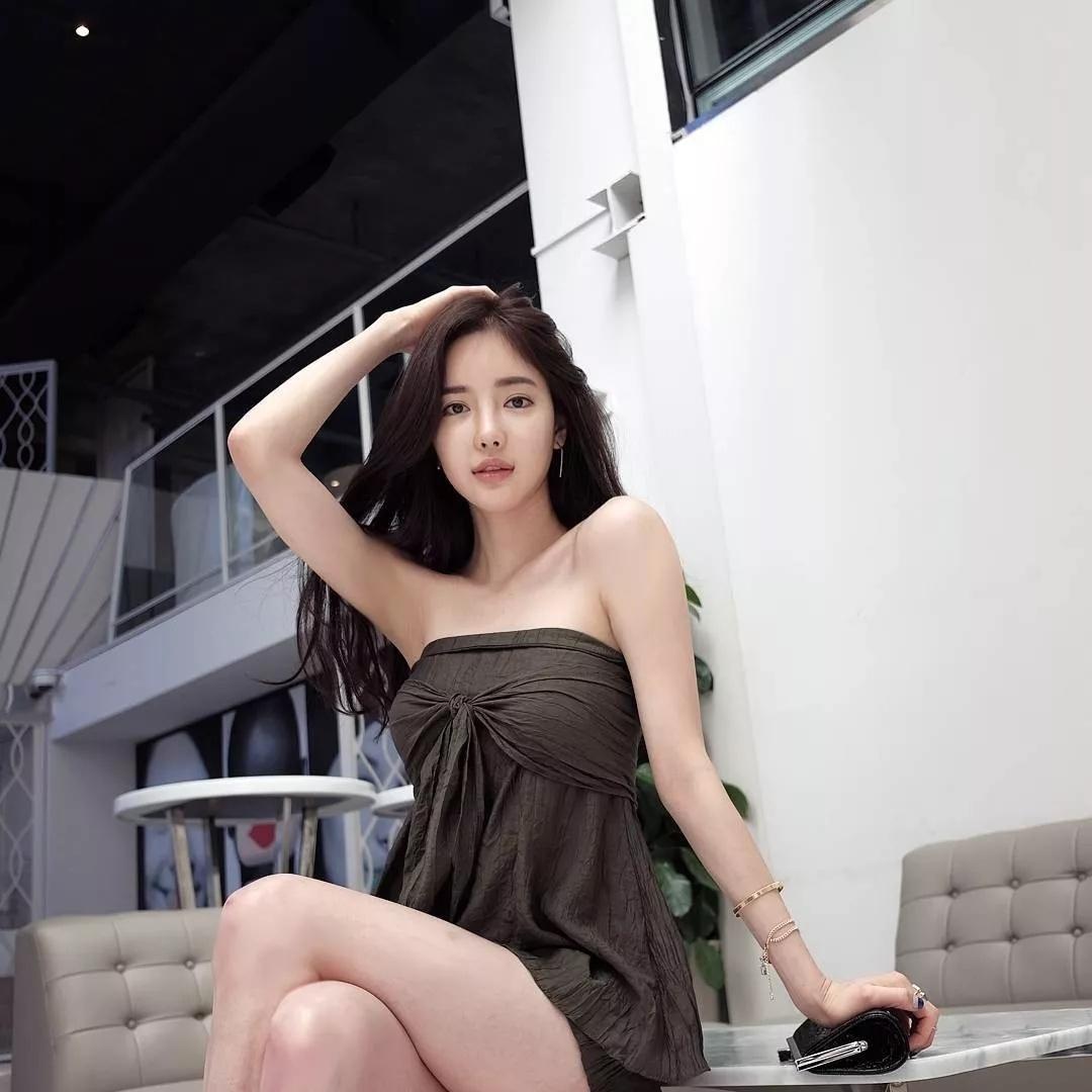 抖音爆火的韩国气质女神潘南奎(Ban Seo Jin )