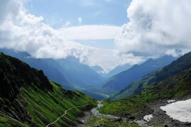 去不丹旅游一次大概要多少钱