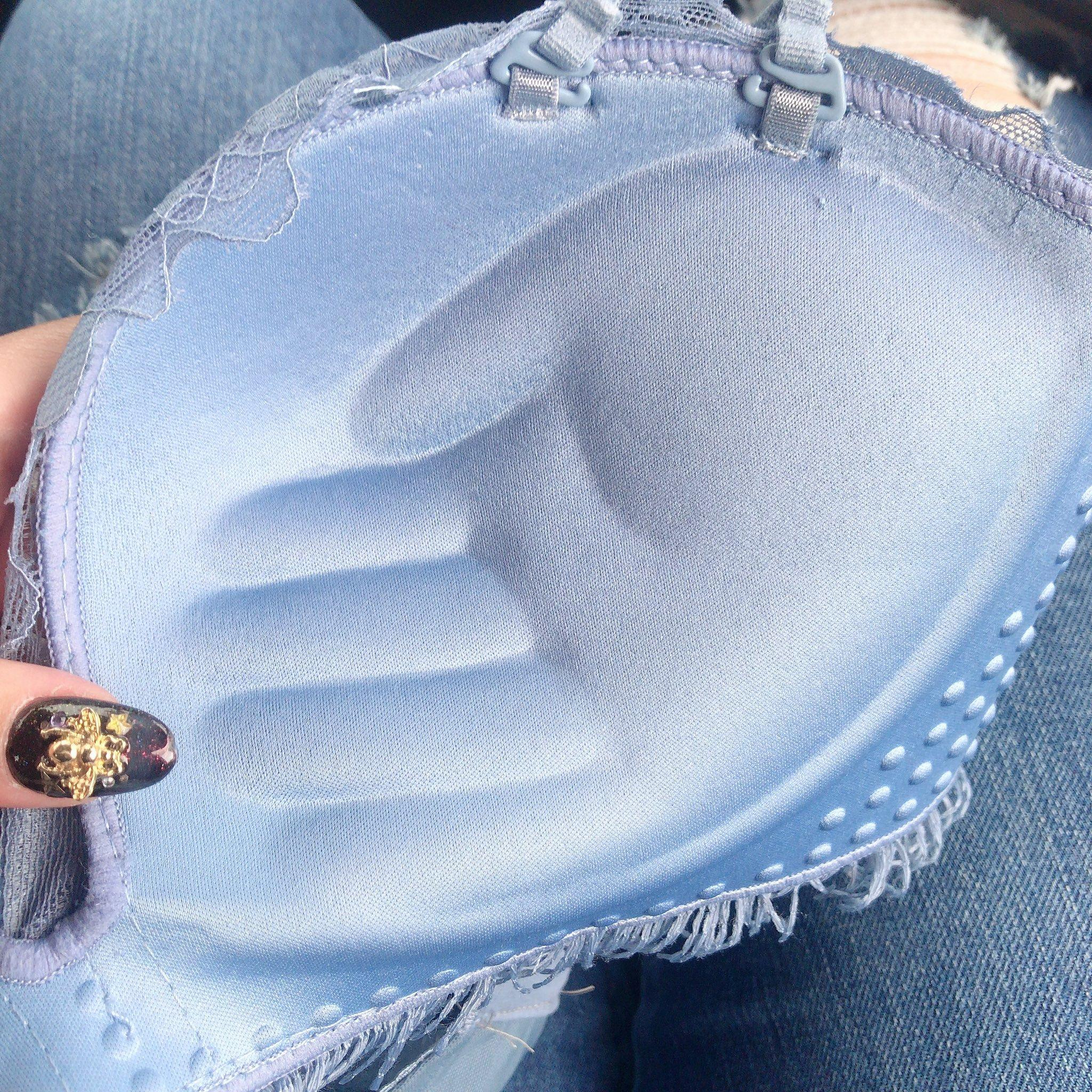 手掌 胸罩