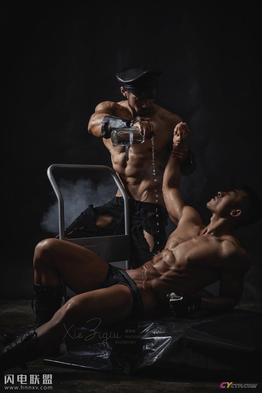 健美肌肉帅哥男男图片