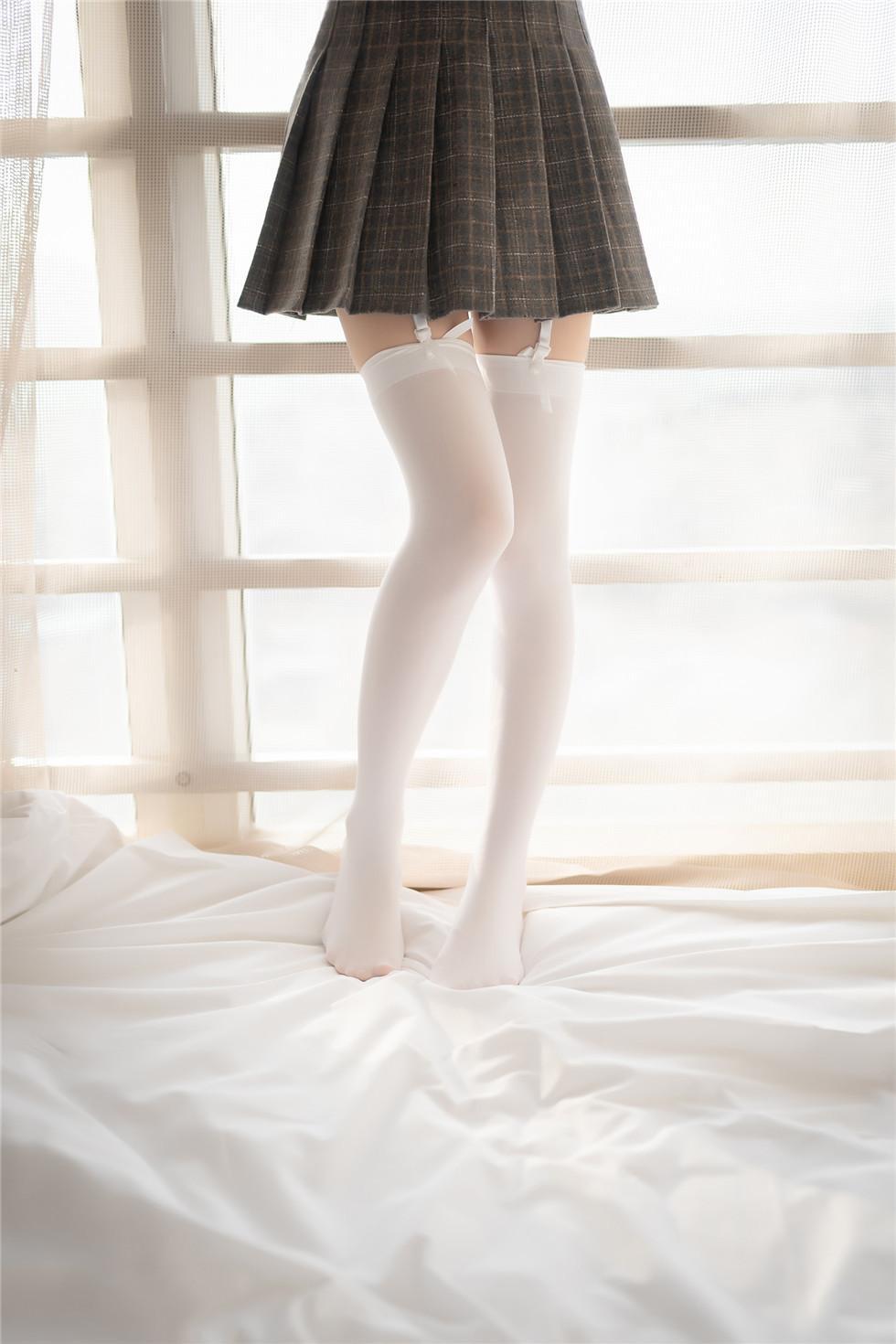 风之领域-白丝JK少女