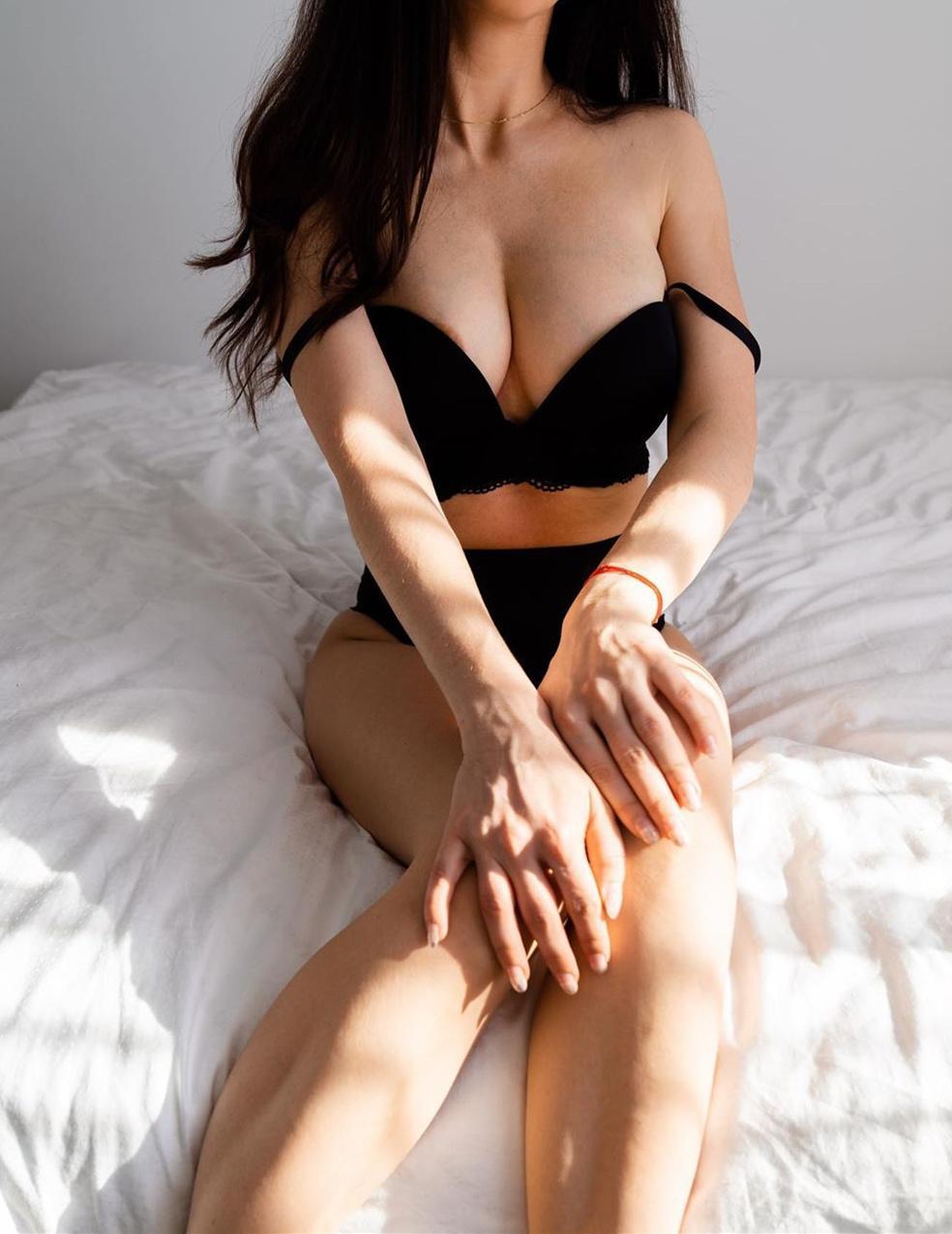 tma美国暗黑女神Tinna Angel,性感丝袜翘臀什么都可以蠢蠢欲动-福利巴士