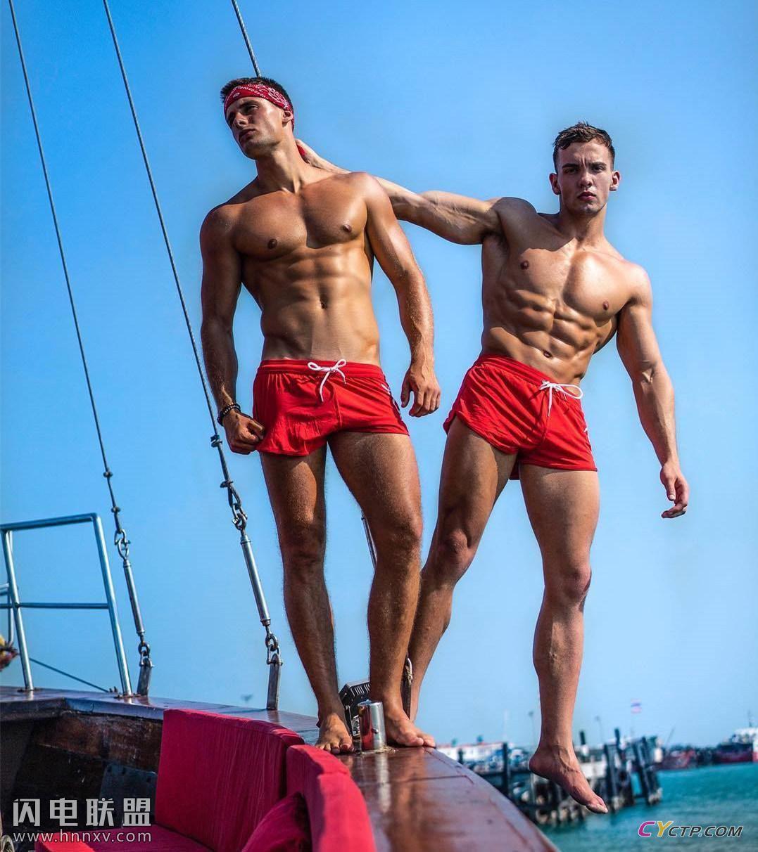 美国Gay男同阳光地带肌肉男模户外写真集第1张