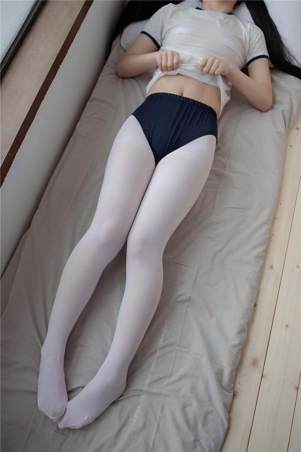 森罗财团-白丝短裤