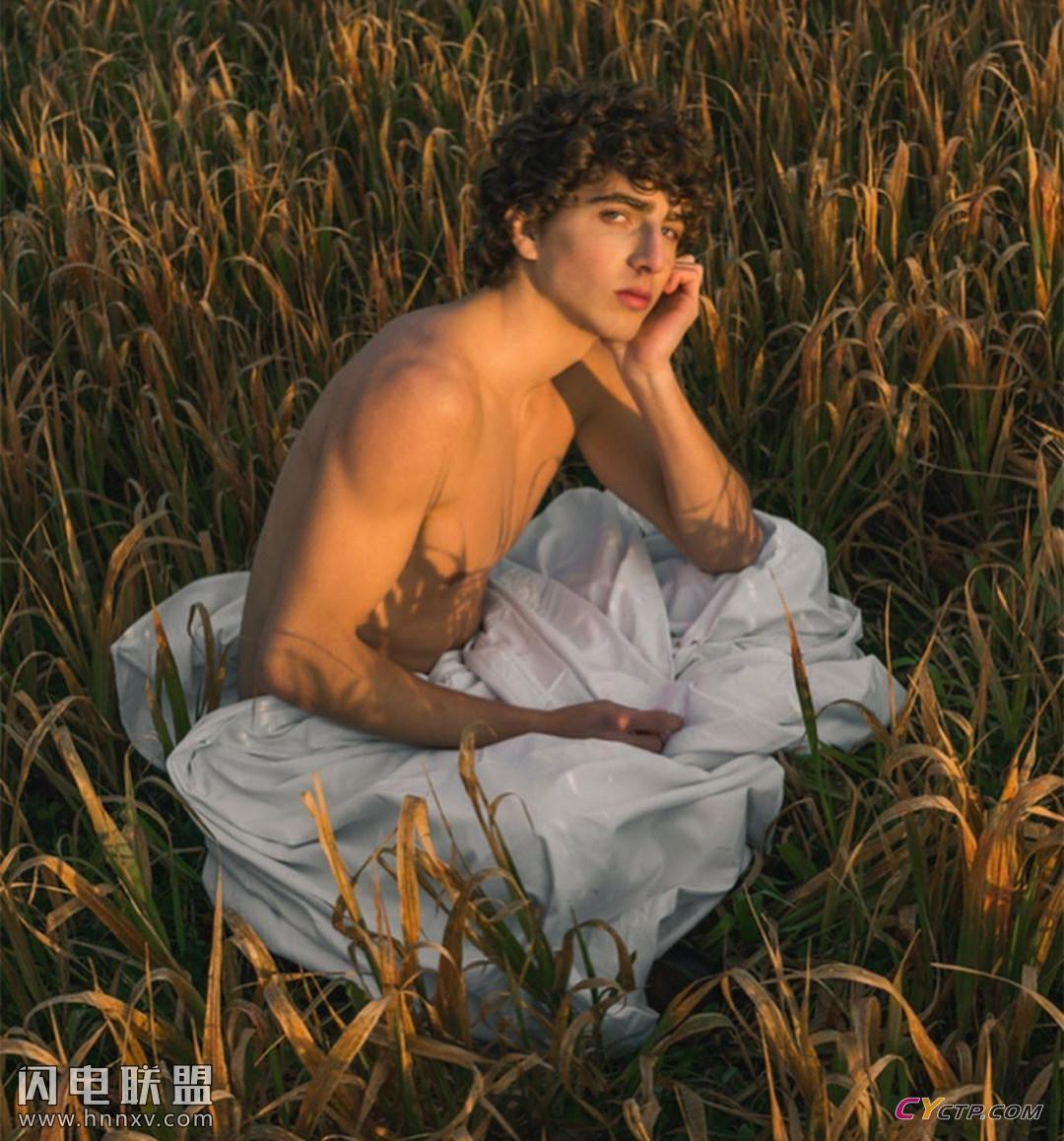 欧美小鲜肉帅哥同志性感肌肉腹肌户外写真图片