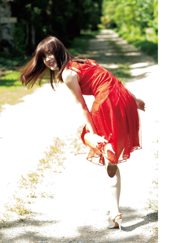 日本久住小春写真集决意の裸身《moment》