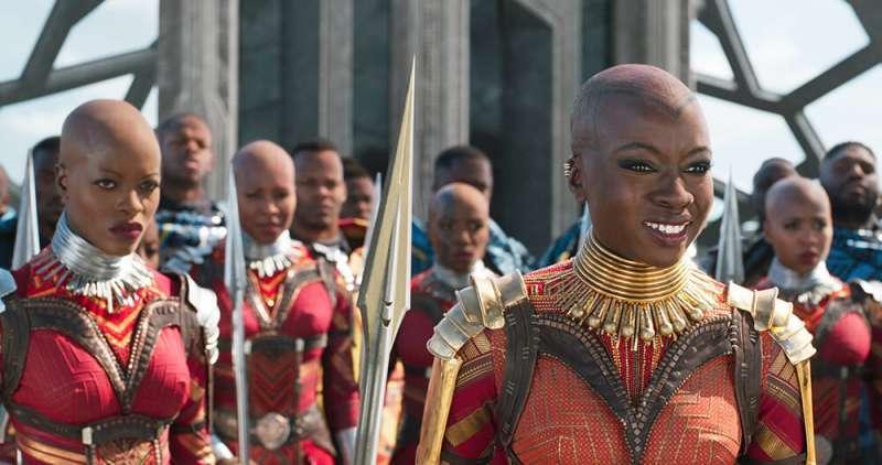 《黑豹》敬永远的瓦干达国王!没被殖民过的非洲文化很难找!-夜宅社