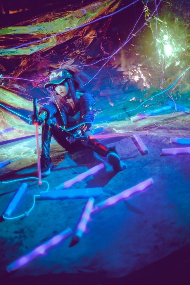 【Cosplay】英雄联盟10周年KDA 角色:阿卡丽 Cn:熊猴儿