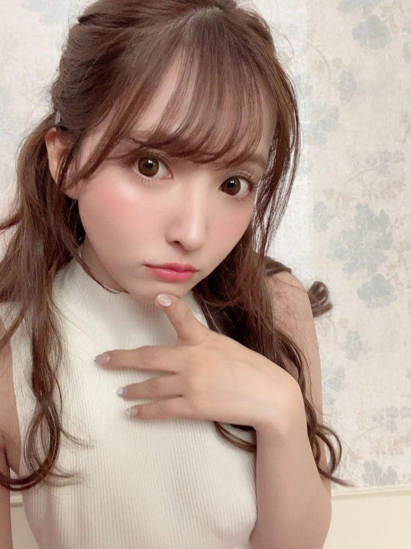 日本AV女优专题:《揭秘100名女优背后的故事》第1期:三上悠亚