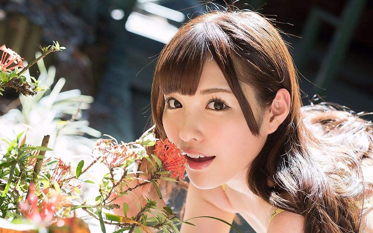 日本AV女优专题:《揭秘100名女优背后的故事》第3期:桥本有菜