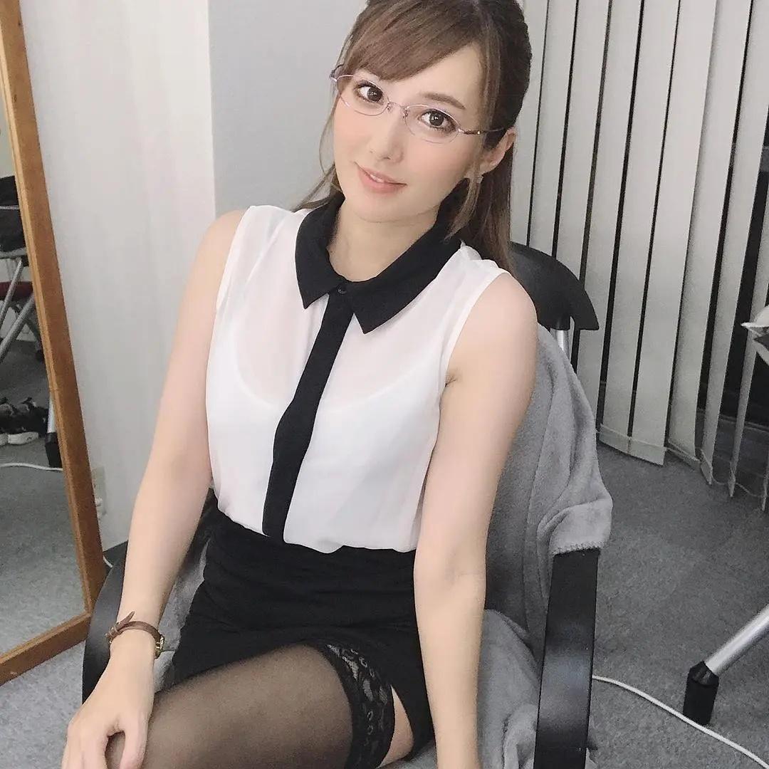 日本女优专题:《揭秘100名女优背后的故事》第7期:天海翼(天海つばさ)
