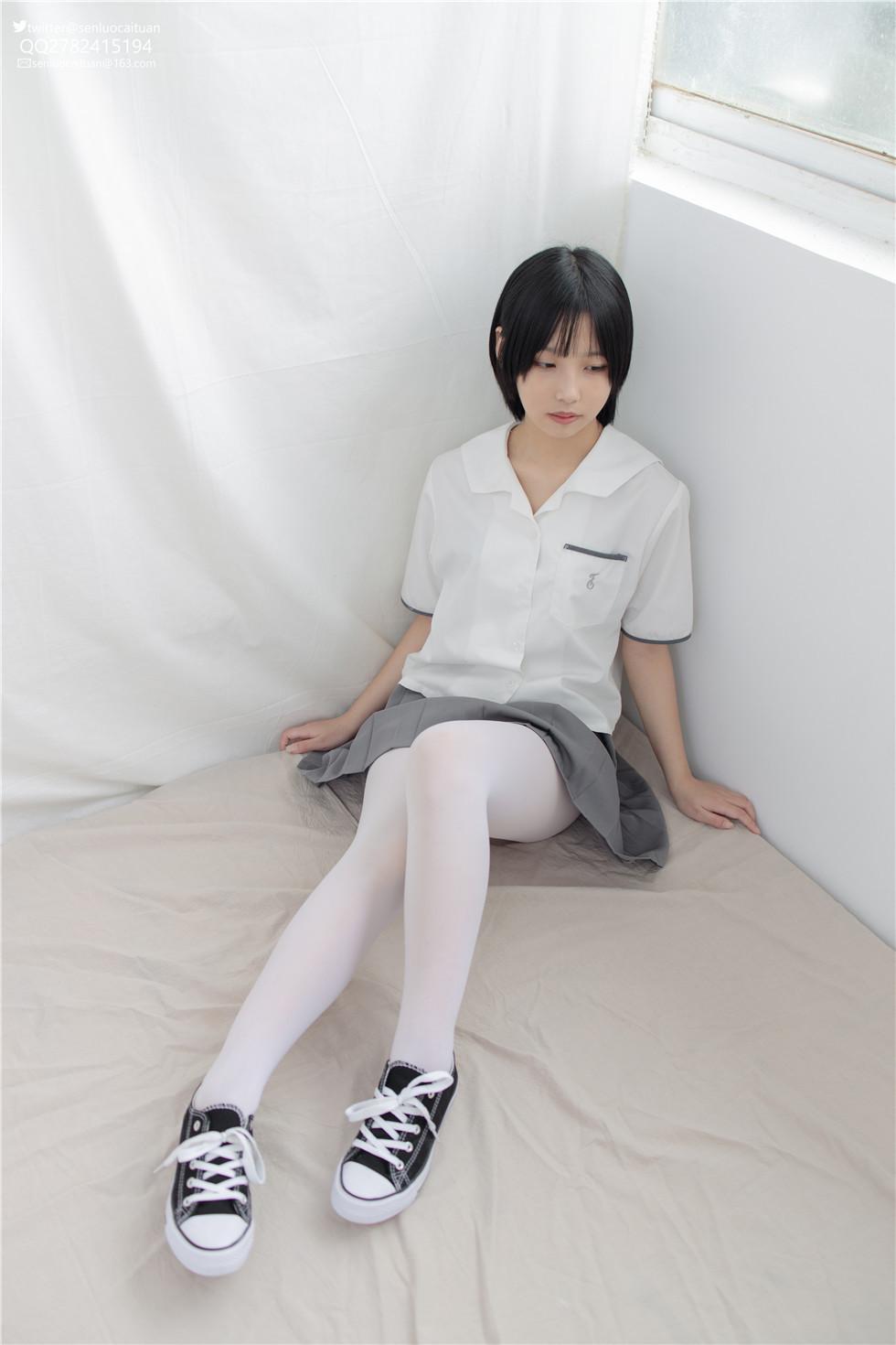 少女白丝诱惑~JKFUN 最新妹汁