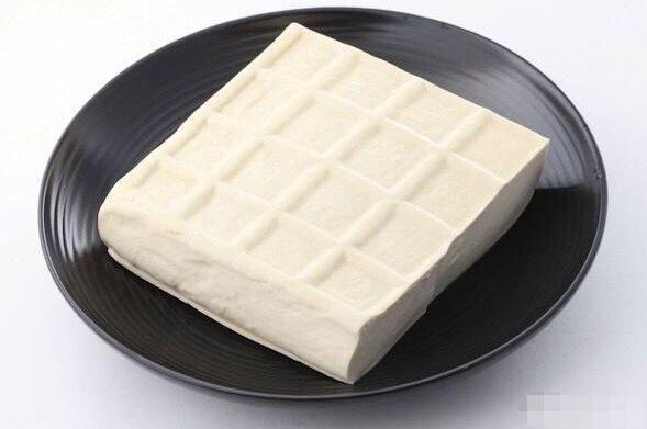 怎么防止豆腐皮变色