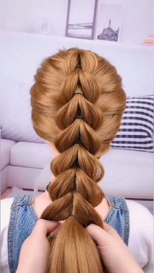 4 different videos of ponytail Hairstyles