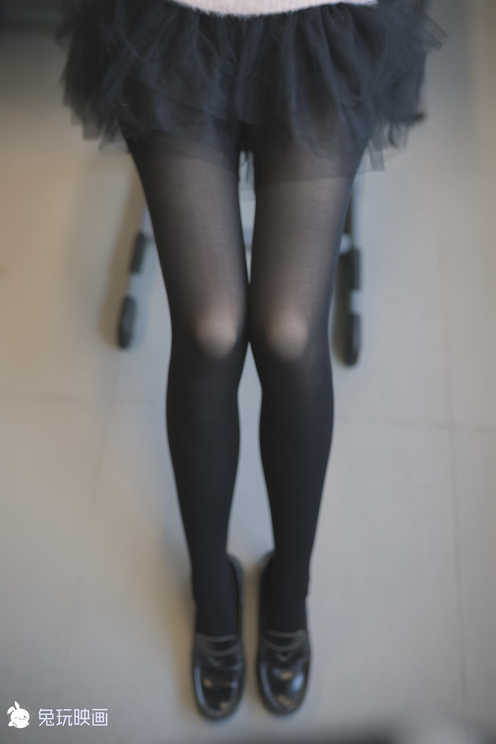 兔玩映画 纯黑纱裙(腿控爱好者别眨眼,有你喜欢的东东)
