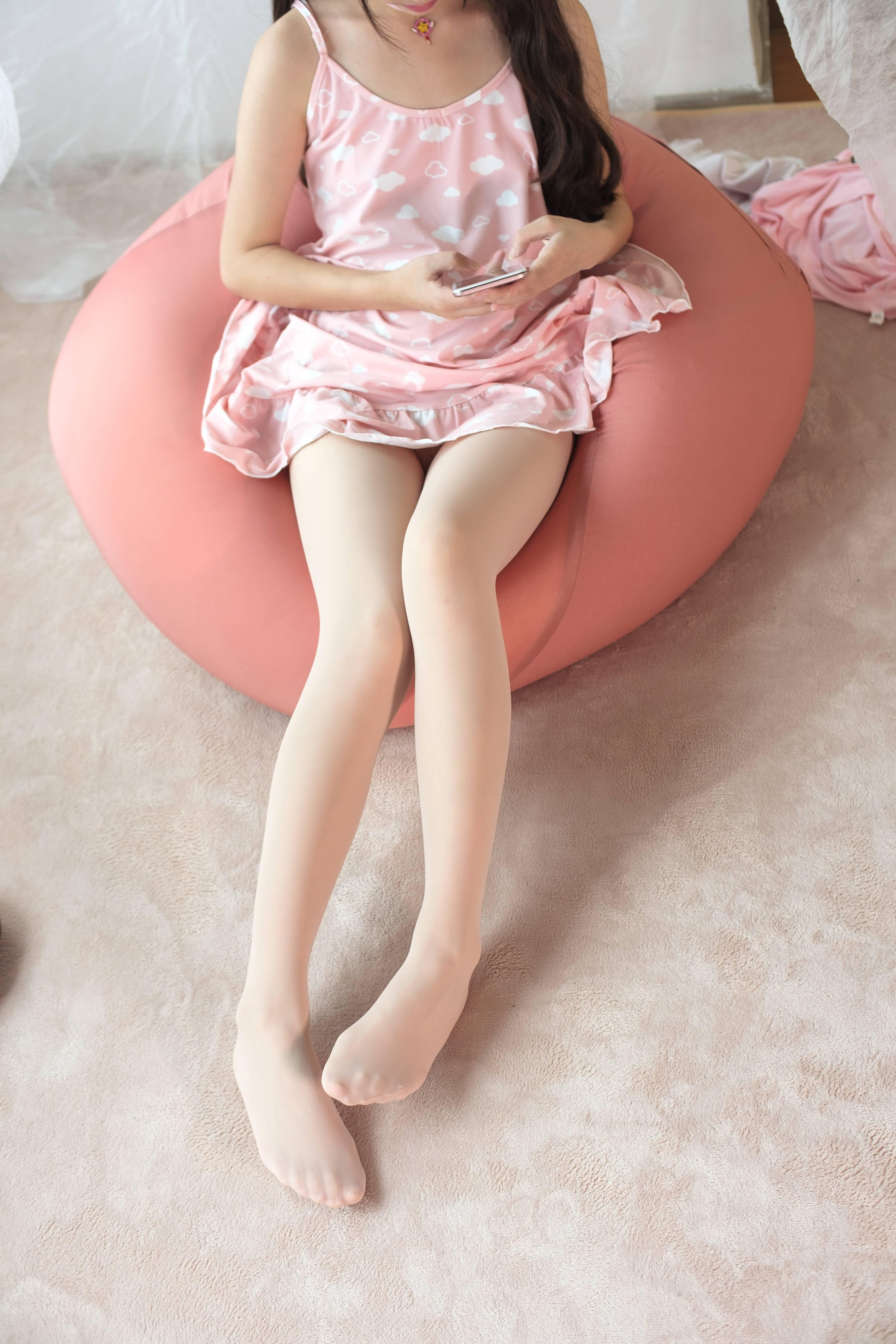 森萝财团 X-039 无水印(极其可人的小甜甜,肉色丝袜非常合适~~~)