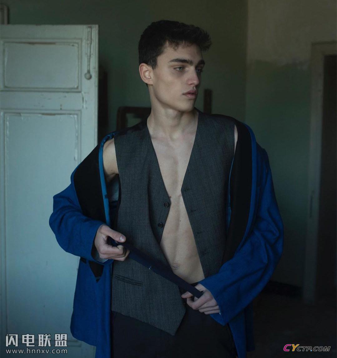 18岁法国鲜肉男生照片