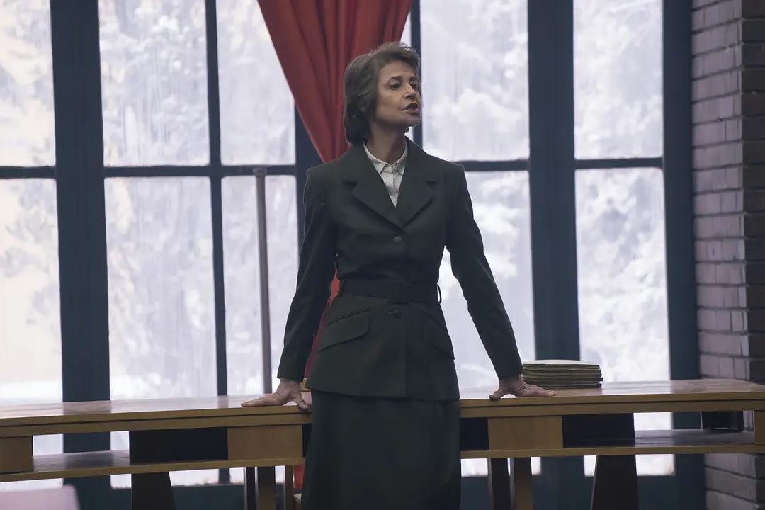 大表姐詹妮弗·劳伦斯脱了都没能救回来,《红雀》究竟败在哪?