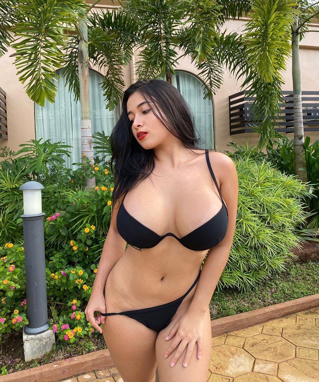图片[5]-lu福利亚洲乳神菲律宾混血儿美女的魔鬼身材美女图片-福利巴士