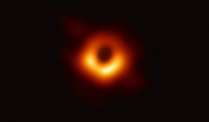人类史上首张黑洞照片公布!