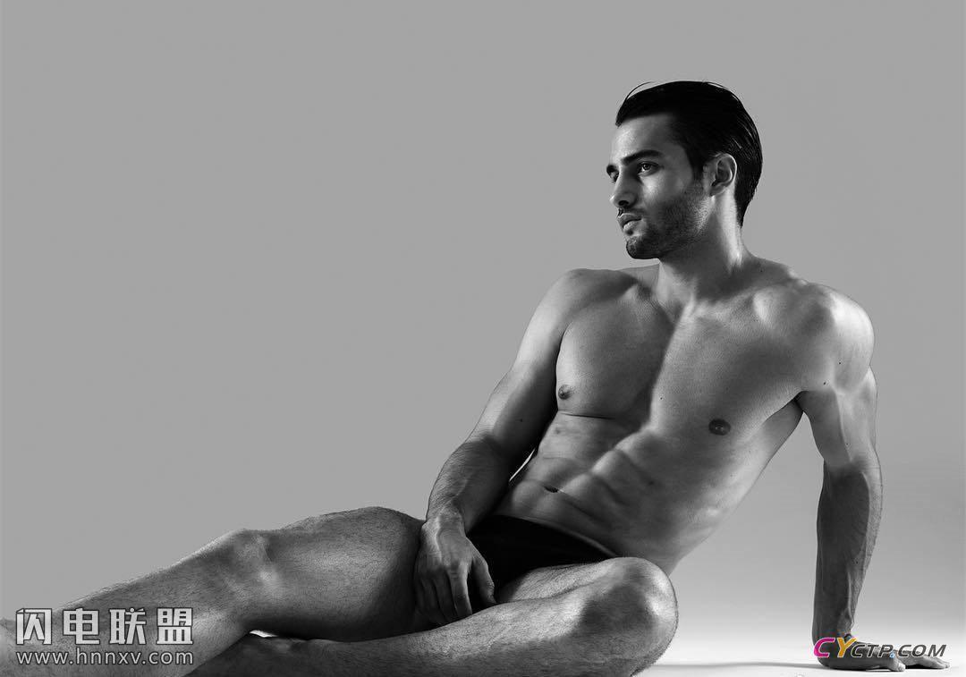 美国肌肉男神腹肌图片第4张
