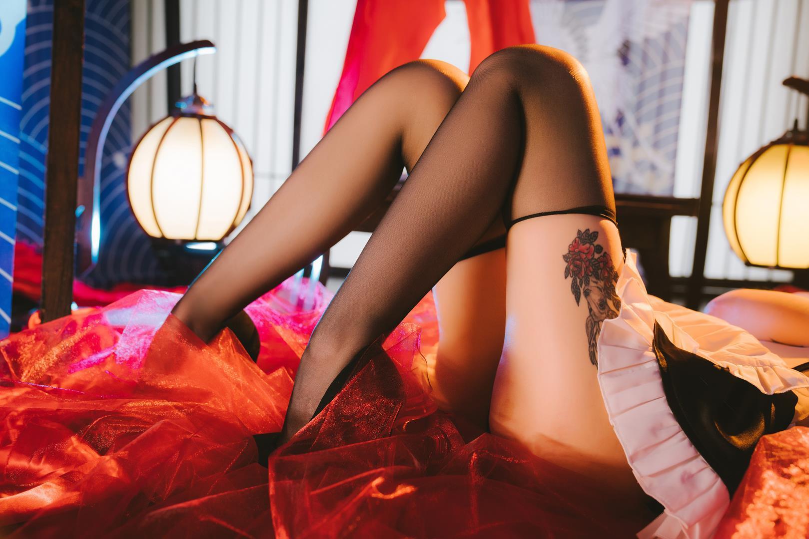 酒吞童子 女仆装 黑丝 长腿 美腿
