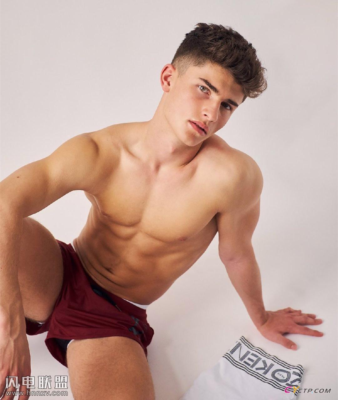 美国Gay男同阳光地带小鲜肉帅哥私房照