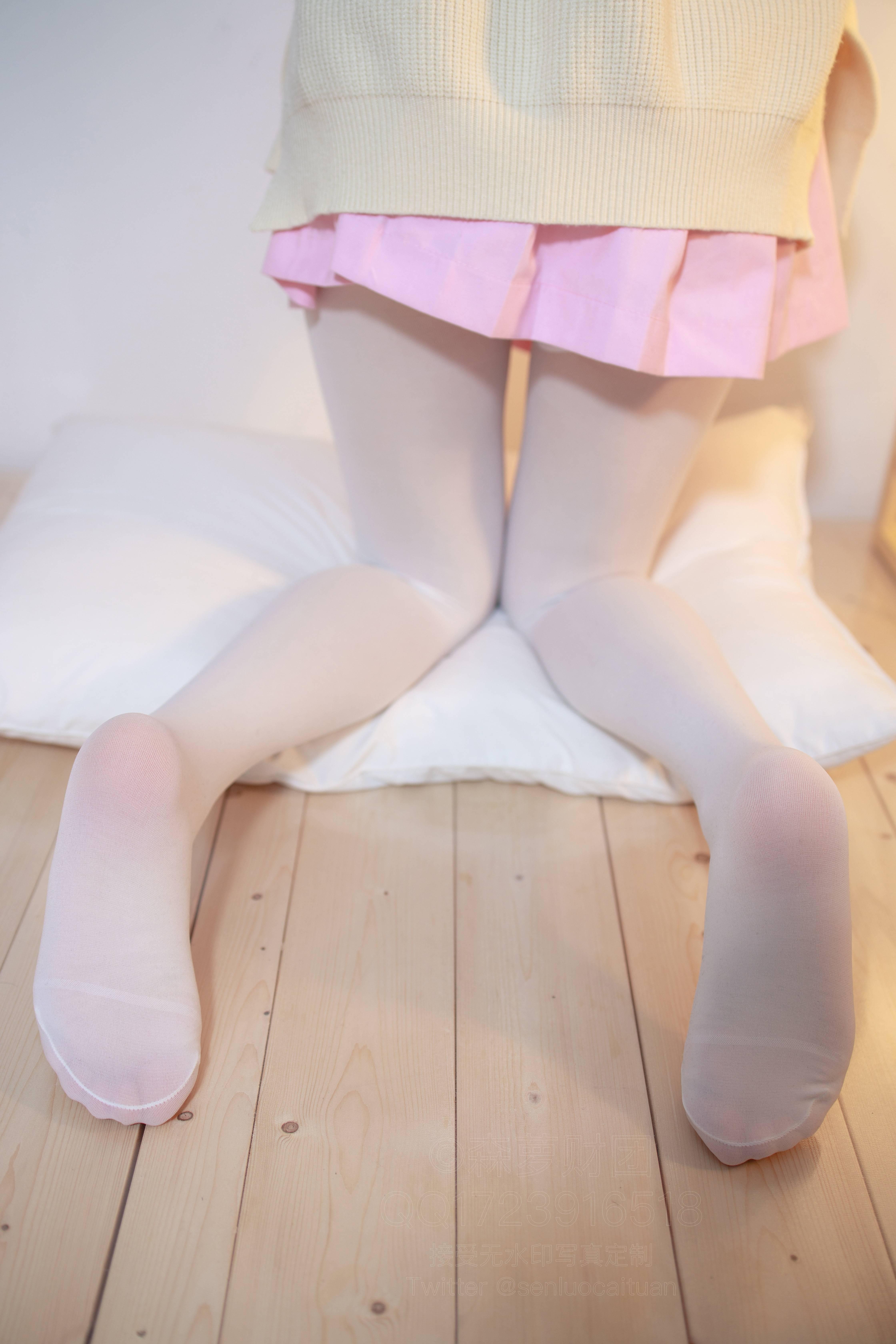 森萝财团 X-059(粉红短裙加白丝) 无水印-蜜桃畅享