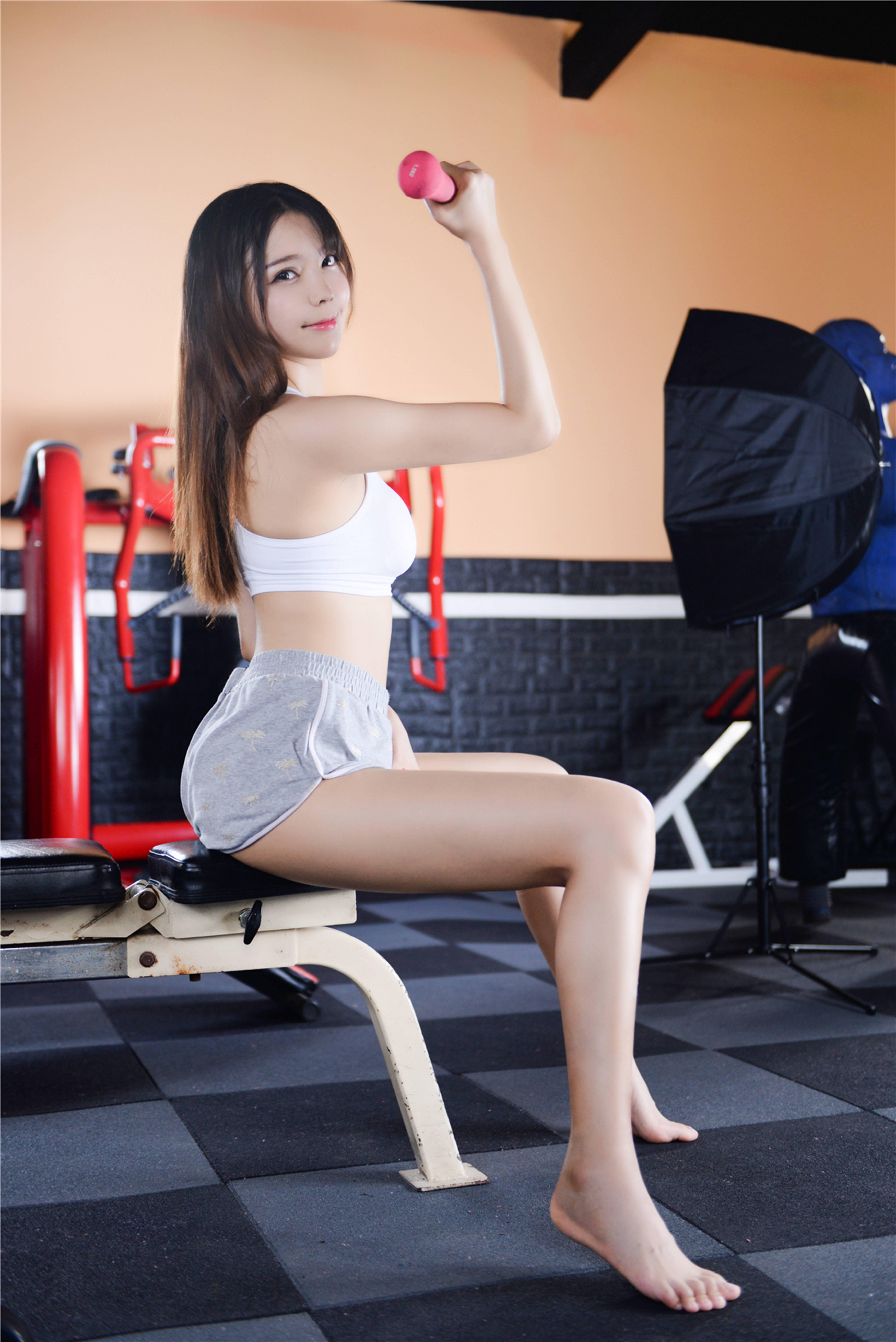 风之领域 0208之爱健身的美少女,形象气质俱佳!