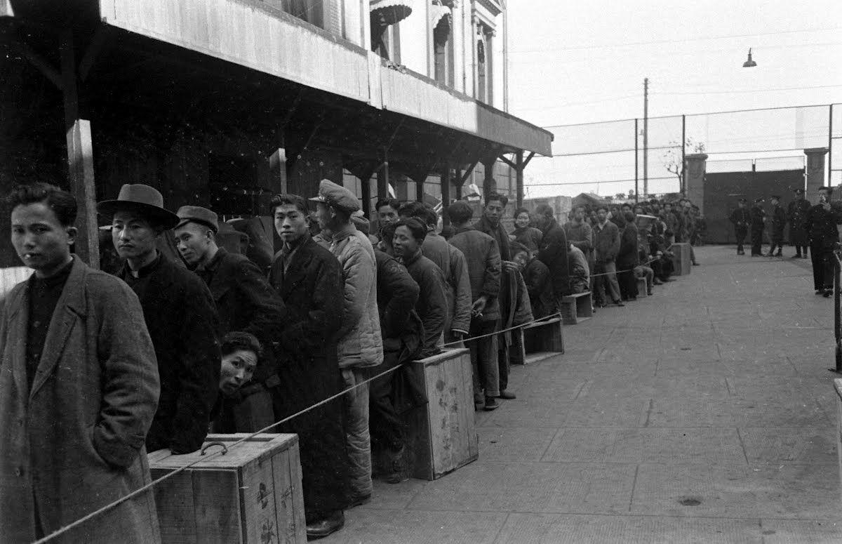 卡尔·迈丹斯美国生活杂志之1940-1949年《二战中国摄影集》珍贵图集分享的图片-高老四博客 第6张
