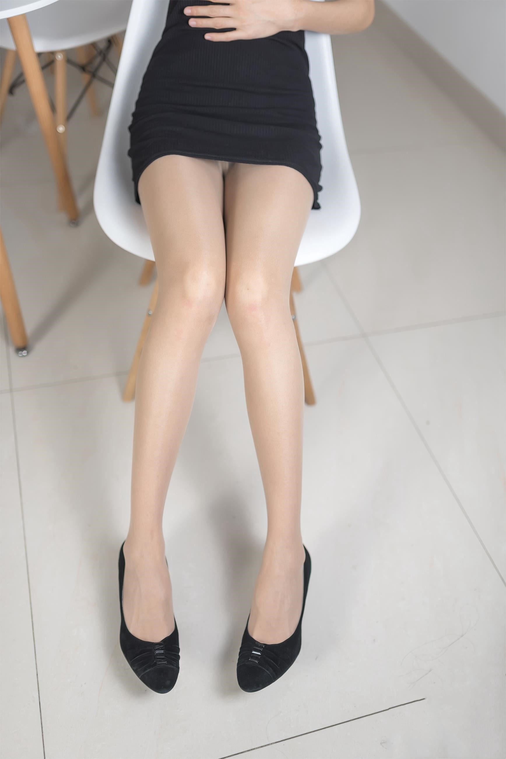 【风之领域0008】美翻了的御姐的丝袜腿,单看腿就感觉神经已经被麻醉!!!