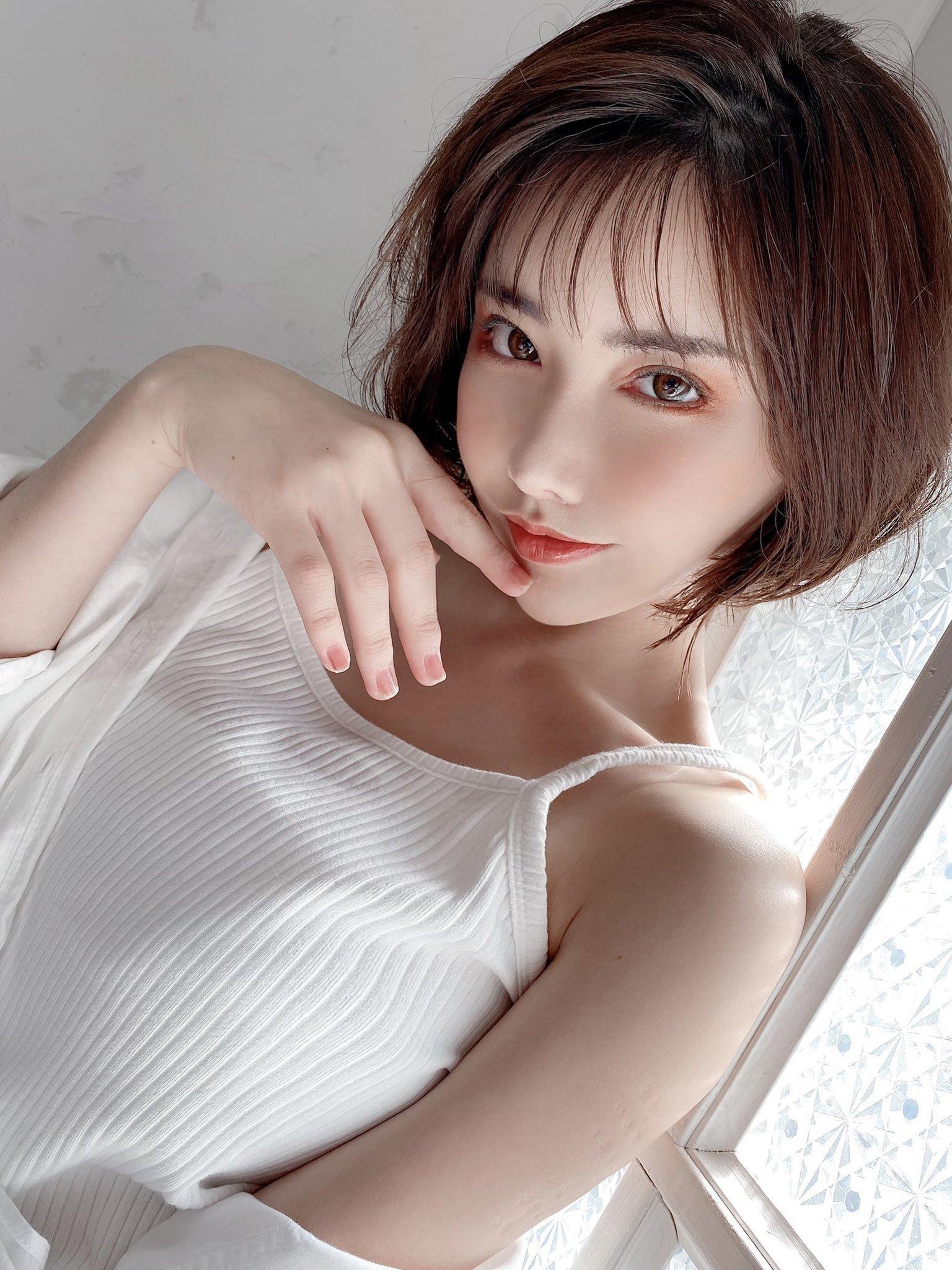 深田咏美再现魅魔 葵铃奈瘦小水着插图(73)