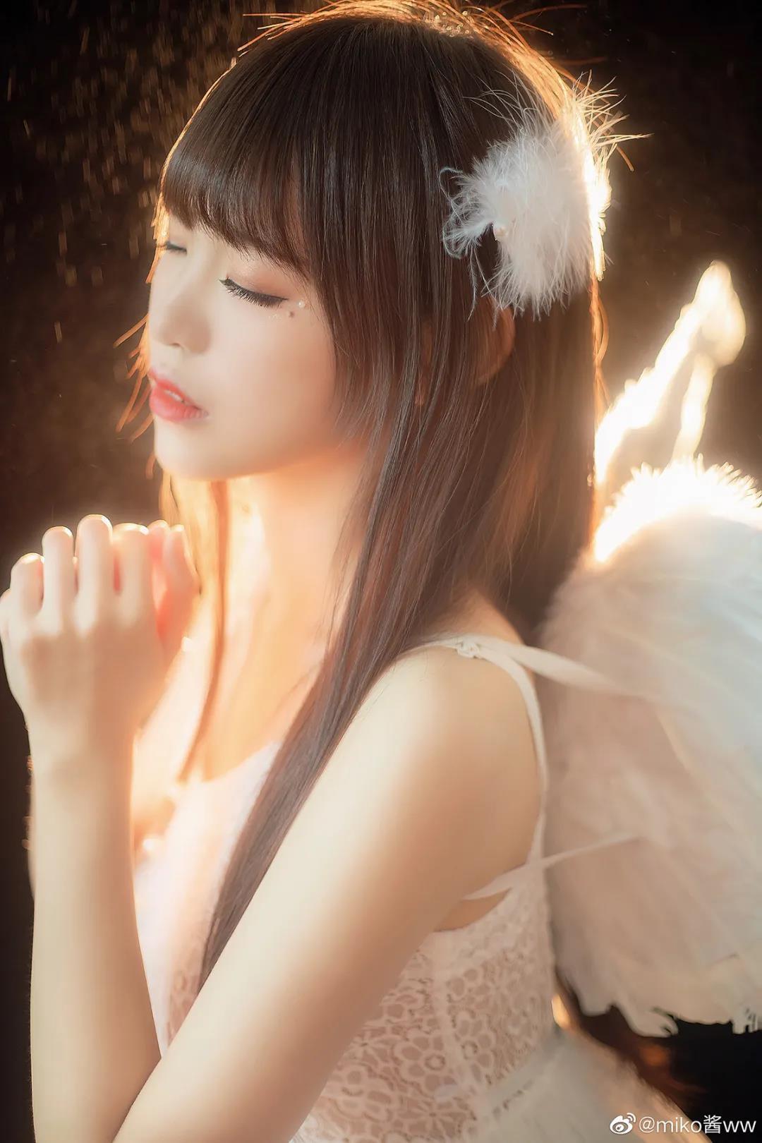miko酱ww:天使写真,简直是天使遗落人间!