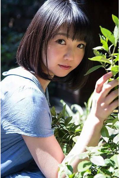 【STARS-201】只要你认出是户田真琴你就可以拥有她一天! 雨后故事 第2张