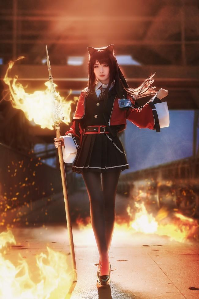 【cosplay】战场的温度太低了 明日方舟角色:天火Cn:弥音音ww