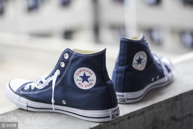 人本帆布鞋怎么样:人本、双星哪个牌子的帆布鞋好?