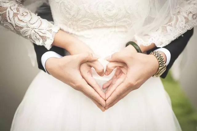 父母婚姻运势(属鼠今年婚姻运势如何)-第1张图片-天下生肖网