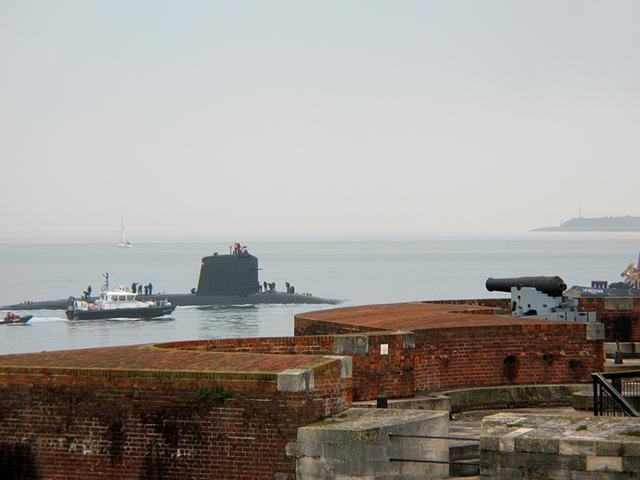 澳大利亚毁约潜艇合同到底谁对谁错?