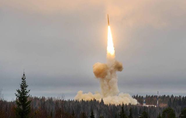 中美核武器竞赛全面爆发?美媒:有人在给美国下套,千万别中计