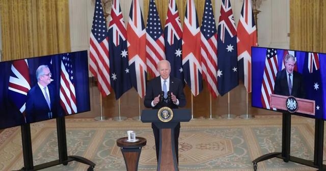 英美帮澳洲造核潜艇 从没看过这么内卷的愚蠢战略
