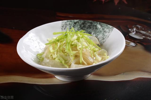 """易长肉主食""""清单"""",米饭不在列,这四种食物才应该少吃"""