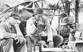 抗美援朝中有一座桥,美军为何只敢轰炸接近朝鲜的一半?他们在怕什么?