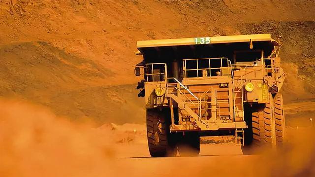 """铁饭碗不铁了!澳洲铁矿石价格被""""腰斩"""",这回又想打煤炭的主意"""