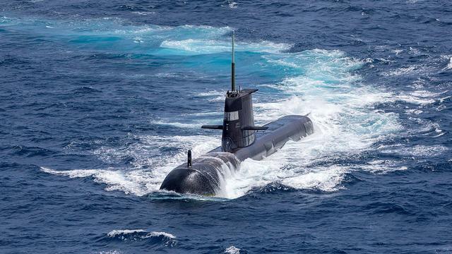 美英武装澳大利亚,提供核潜艇技术,矛头直指中国,战略够阴险