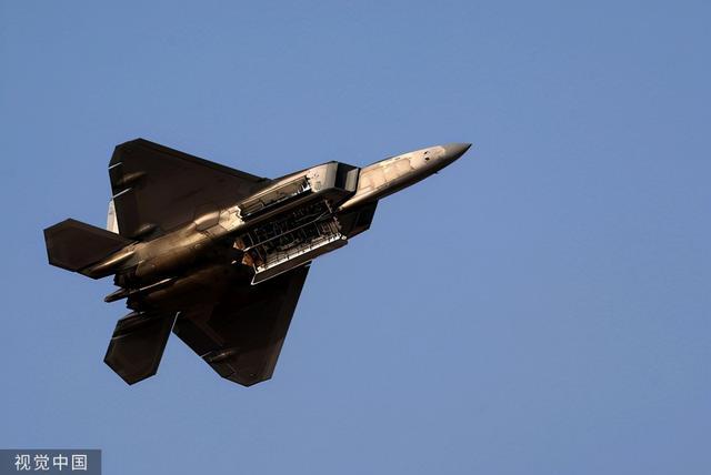 美军高官:只要澳大利亚开口,F-22、F-35,什么飞机都可以派过去