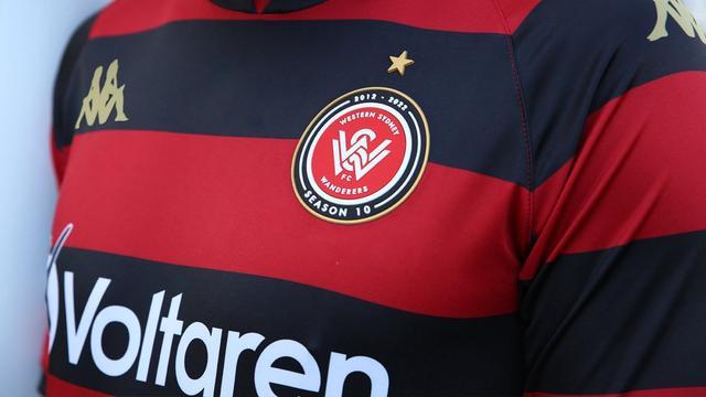 西悉尼流浪者发布2021/22赛季主场球衣