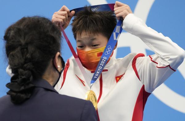 奥运头条 全红婵爸爸拒绝慰问金,今日看李倩冲击拳击金牌