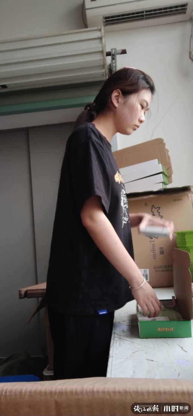 中天助学 玩具厂打工一站8幼时,兰草相通的景宁姑娘:能为家里出点力,这都不算事